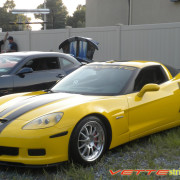 C6 Corvette Z06 yellow with black racing 2 stripe 1