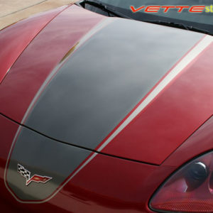 Magnetic red C6 Corvette coupe with medium charcoal and charcoal ME4 stripe